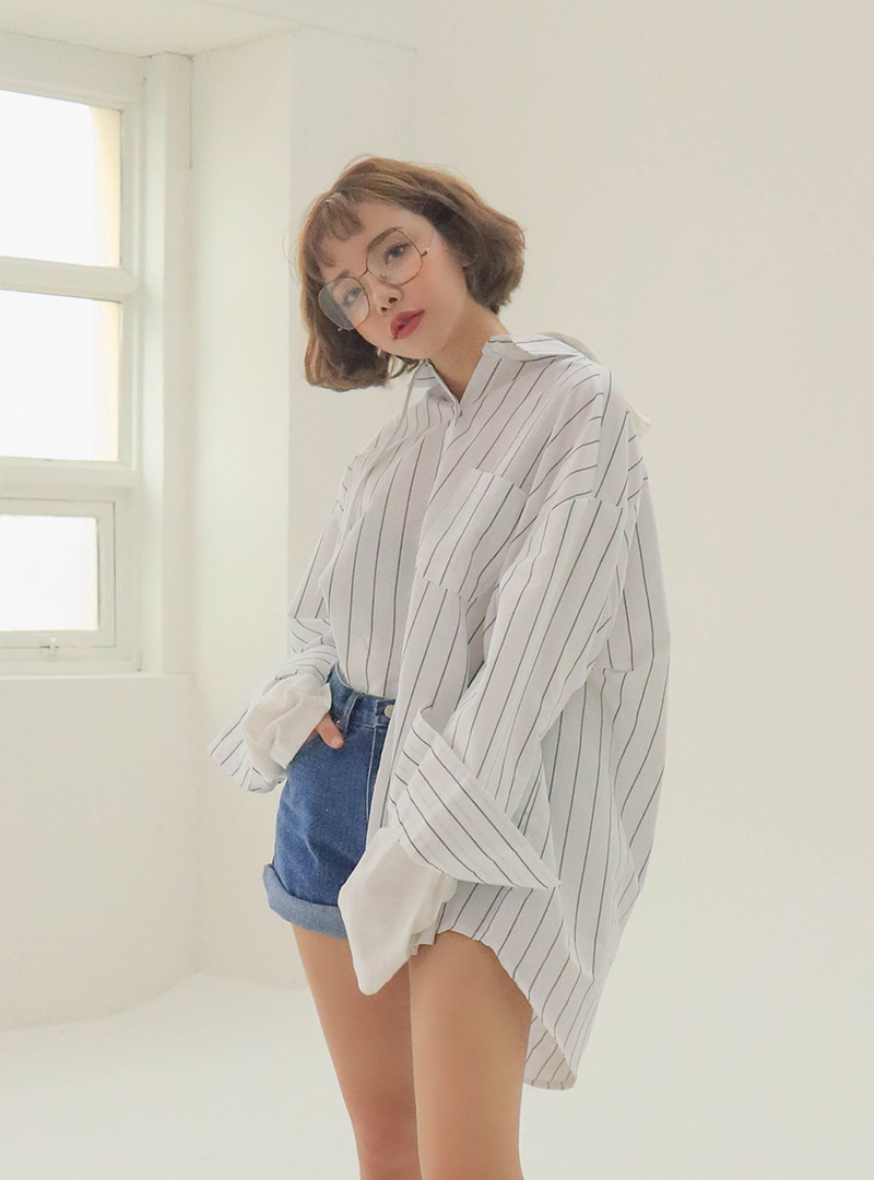 Kind stripe unbalance hoody shirt